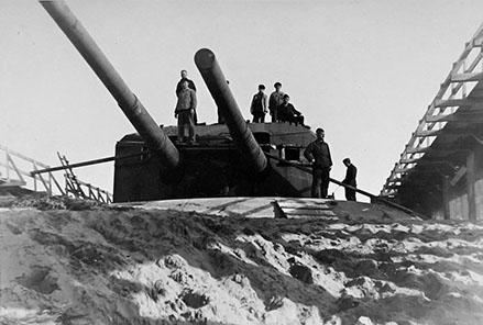 Le site de Karola, patrimoine historique de la deuxième guerre mondiale . Batterie_kora_il_de_re